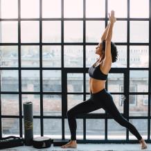 prana-joga-és-yoga-kollekcio-meditacio-parnaval-joga-hengerrel-jogaszonyeggel-matraccal-jgamatrac-es jogaszonyeg-a-tokeletes-jogazas-elmeny-kedveert